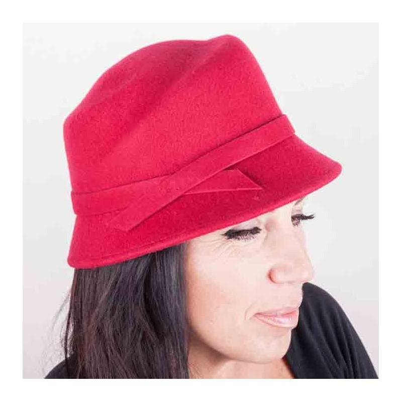 afc1497405e Vínový dámský klobouk Assante 86985
