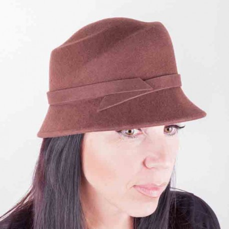 Hnědý dámský klobouk Assante 86992 7deaeed979